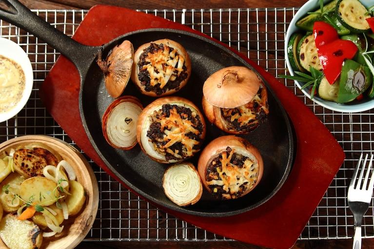 Kaszanka grillowana w cebuli