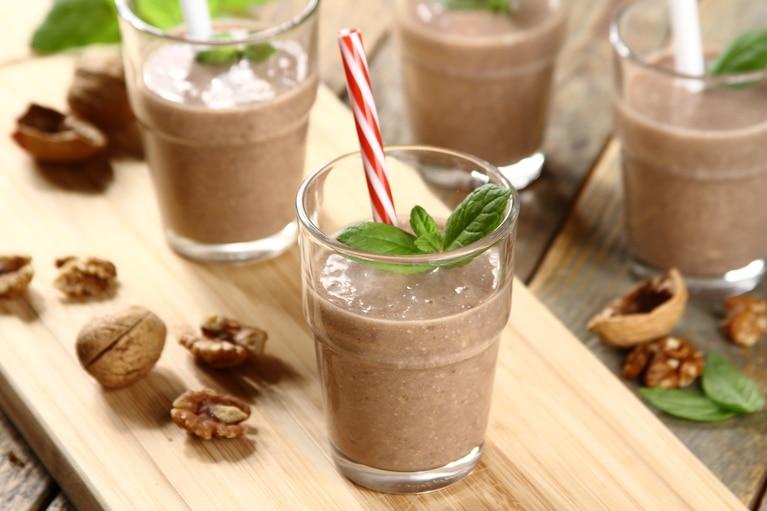 Koktajl czekoladowo-bananowo-orzechowy