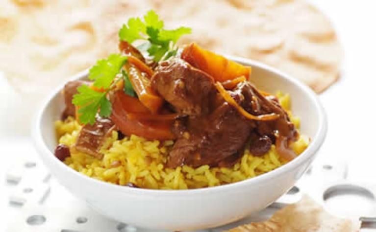 Łagodna wołowina curry