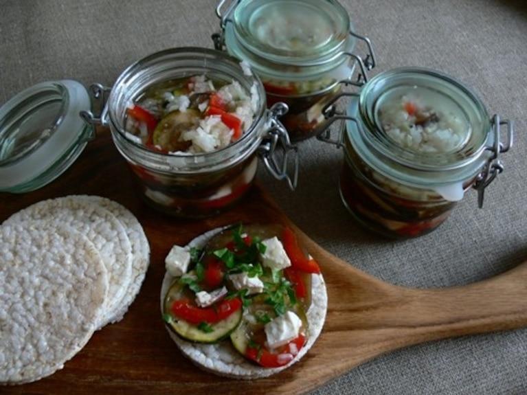 Marynowana sałatka z grillowanej cukinii i bakłażana