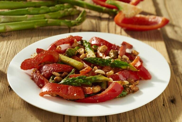Smażone warzywa w orientalnym stylu stir fried