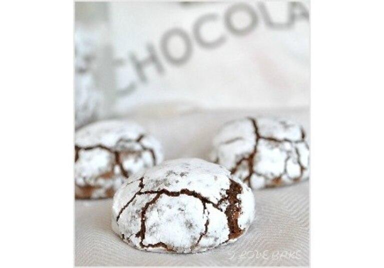 Pękające ciasteczka czekoladowe