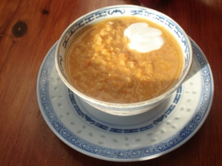 Pikantna zupa z soczewicy