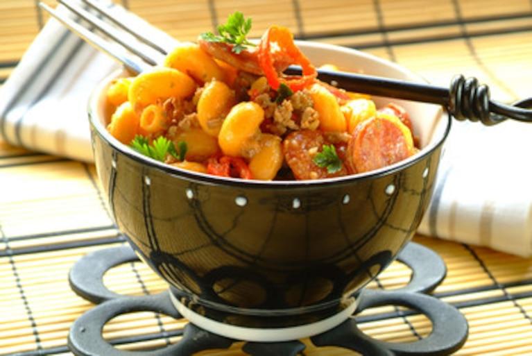 Makaron z chili i chorizo
