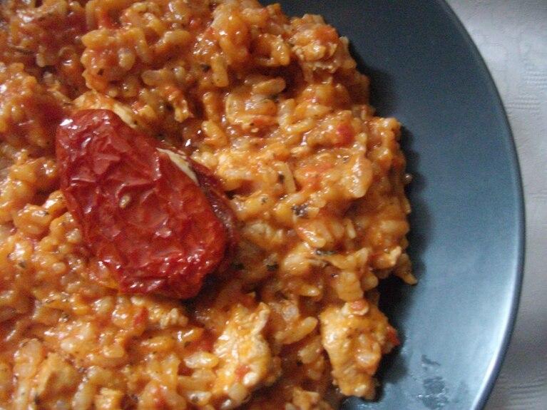 Pomidorowe risotto z kurczakiem
