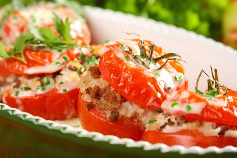Pomidory faszerowane mięsem
