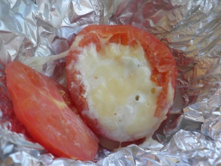 Pomidory z serem grillowane