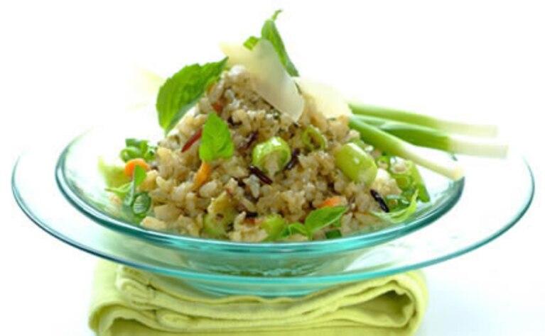 Sałatka ryżowa z pesto