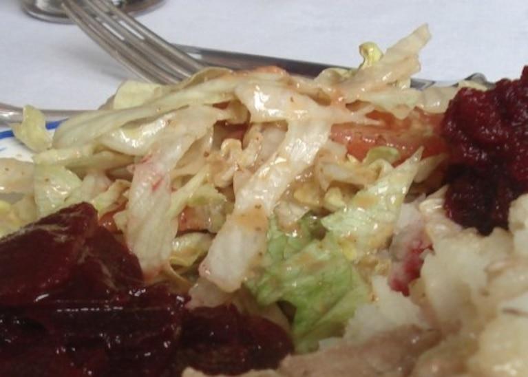 Sałatka z kapustą pekińską i pomidorami
