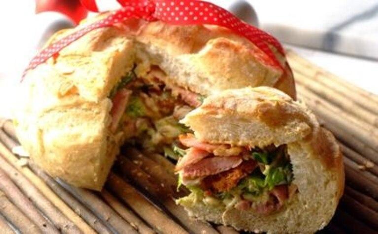 Sandwich na niedzielny piknik