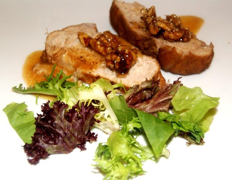 Schab z karmelizowanymi orzechami