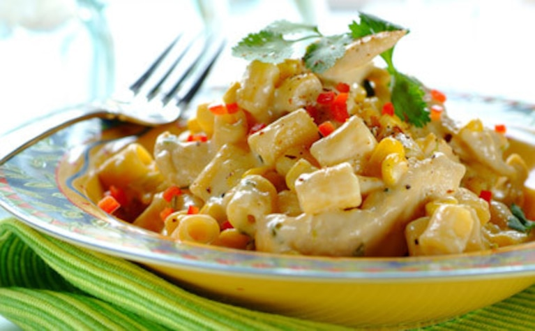 Makaron z kurczakiem i kukurydzą