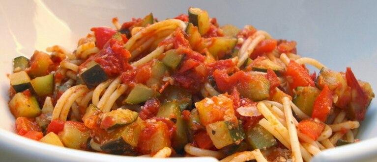 Spaghetti śródziemnomorskie