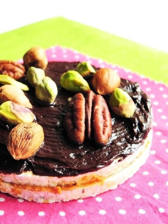 Zdrowe ciastka ryżowo-orzechowe z czekoladą