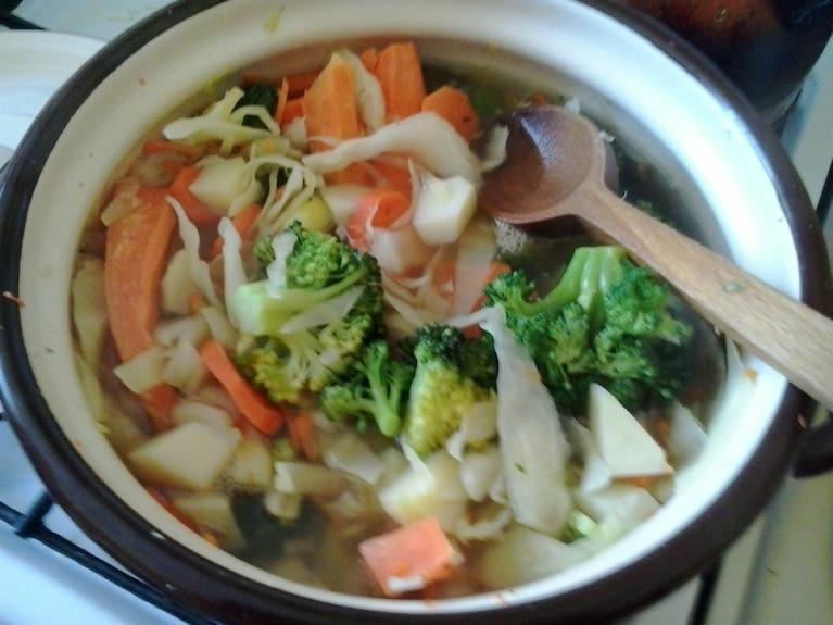 Zupa kapuściana z brokułami