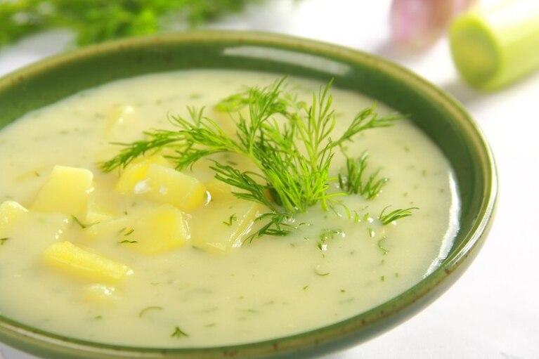 Zupa koperkowo – ziemniaczana