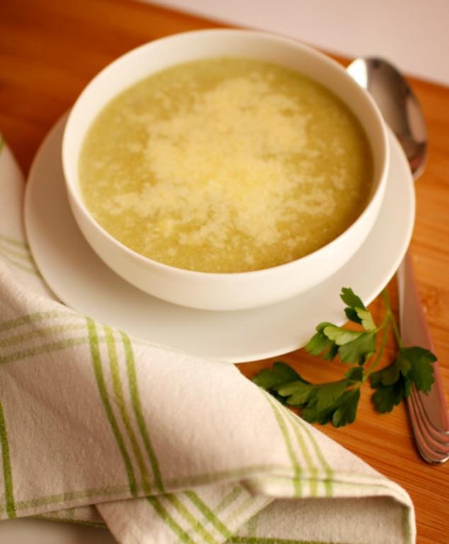 Zupa krem z fasolki  z parmezanem