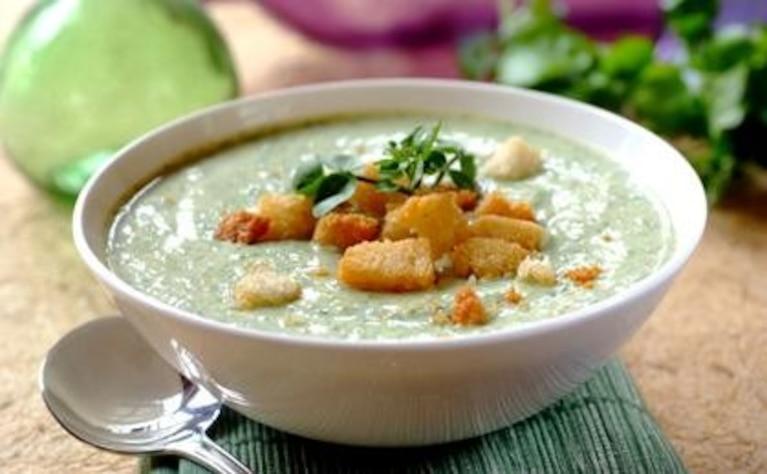 Zupa z błękitnym serem i rzeżuchą