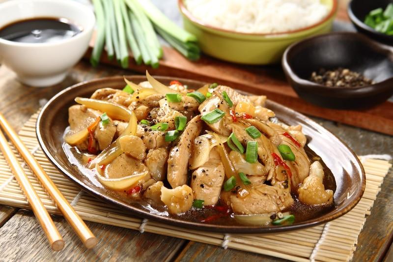 Kurczak Z Kalafiorem Po Wietnamsku Przepis Zobacz Na Przepisy Pl